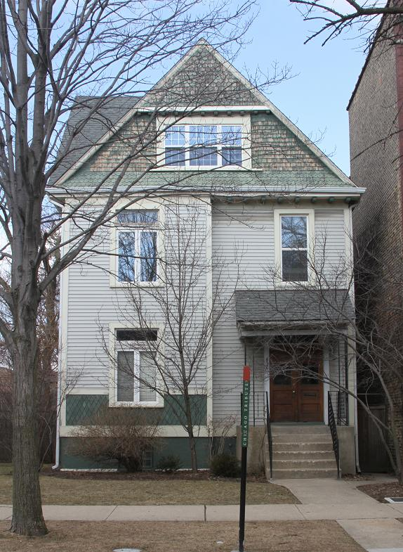 4646 N Hermitage, the former home Carl Sandburg.